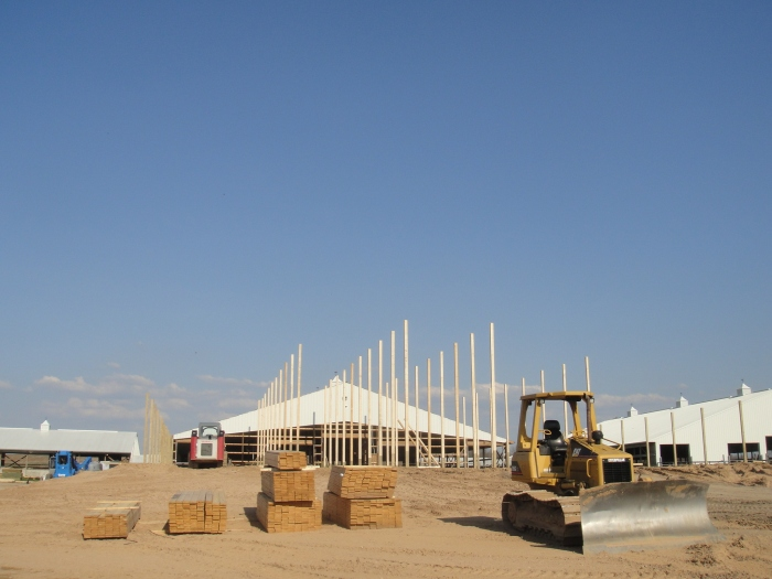 barnbuilding1
