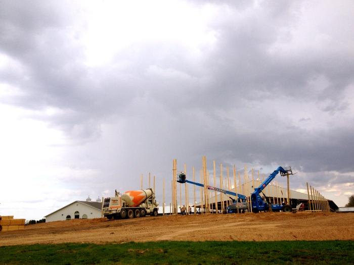 barnbuilding2