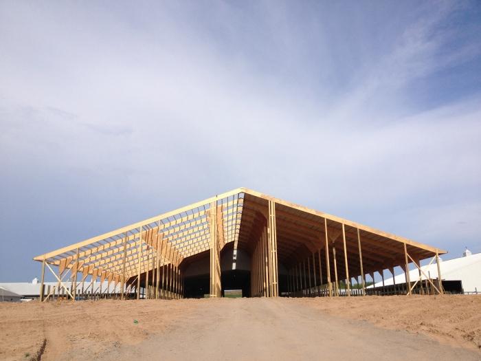 barnbuilding10